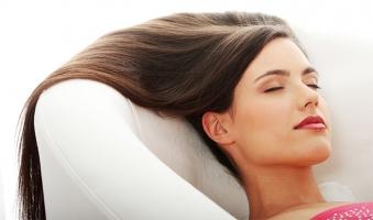 Top 10  Cách chăm sóc tóc đẹp óng ả từ thiên nhiên